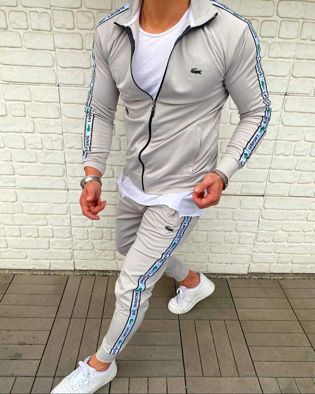 Cпортивный костюм лакост